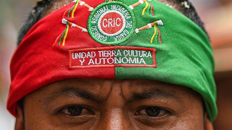 Los indígenas de Colombia se enfrentan a los grupos armados y al coronavirus