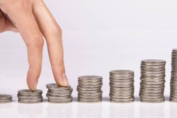 28 consejos para estirar su chequeo de estímulos y ahorrar dinero después de la cuarentena