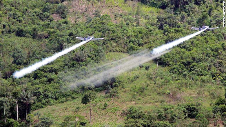 200825151622 colombia aerial fumigation 2006 exlarge 169